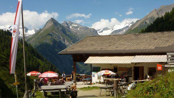 Lasnitzenhütte (1900m) | Bewirtschaftet - Übernachtung Ja - Hausmannskost