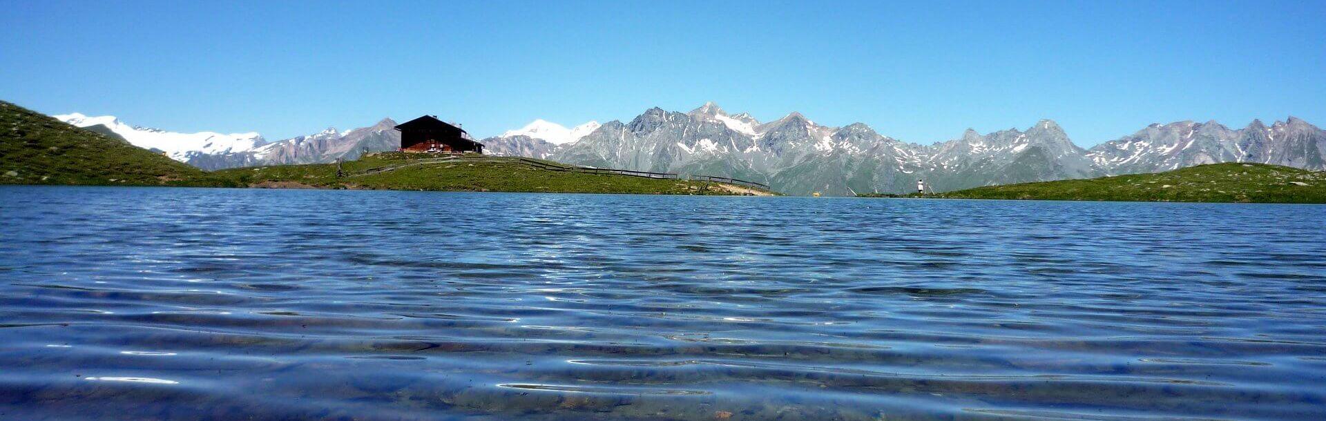 Erlebnisregion Osttirol - Hier schlägt das echte Herz der Alpen   Zupalsee Hütte 2.350 m