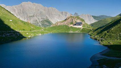 Wolayerseehütte (1.960m) - Heilmasseur nach der Wanderung - Foto: wolayerseehuette-lesachtal.at