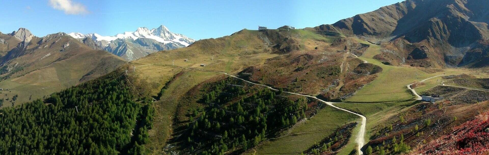 Wandern mit den Osttiroler Bergbahnen Sommergondeln, dort wo die Sonne lacht