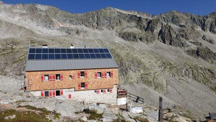 Barmer Hütte (2.610m) | Bewirtschaftete Hütte - Übernachtung Ja - Foto: barmerhuette.at