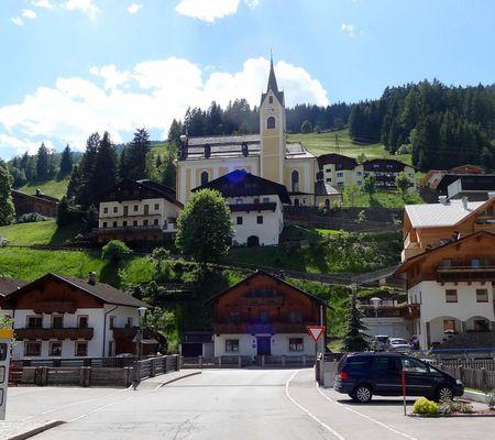 Das Villgratental - Ort Außervillgraten - OsttirolerLand.com | © r.gasser