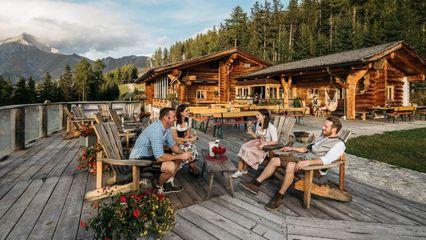 Roat'z Bodn Genusshitte (1.880m) im Großglockner Resort Kals Matrei - Foto: Gerda Presslaber