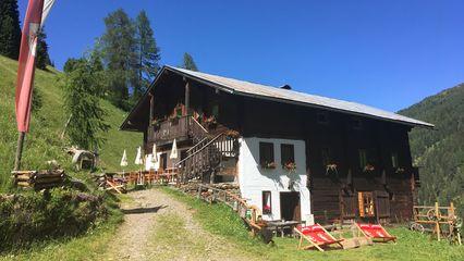Bloshütte (1.800m) | E-Bike-Ladestation - Regionale Küche - Foto: Sibylle Daxerer