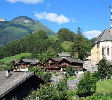 Die Wallfahrtskirche Maria Schnee in Obermauern