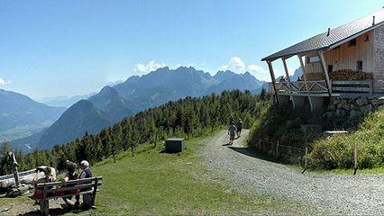 Hochsteinhütte (2.023m) - bewirtschaftet - Übernachtung ja - Foto:hochsteinhütte.at