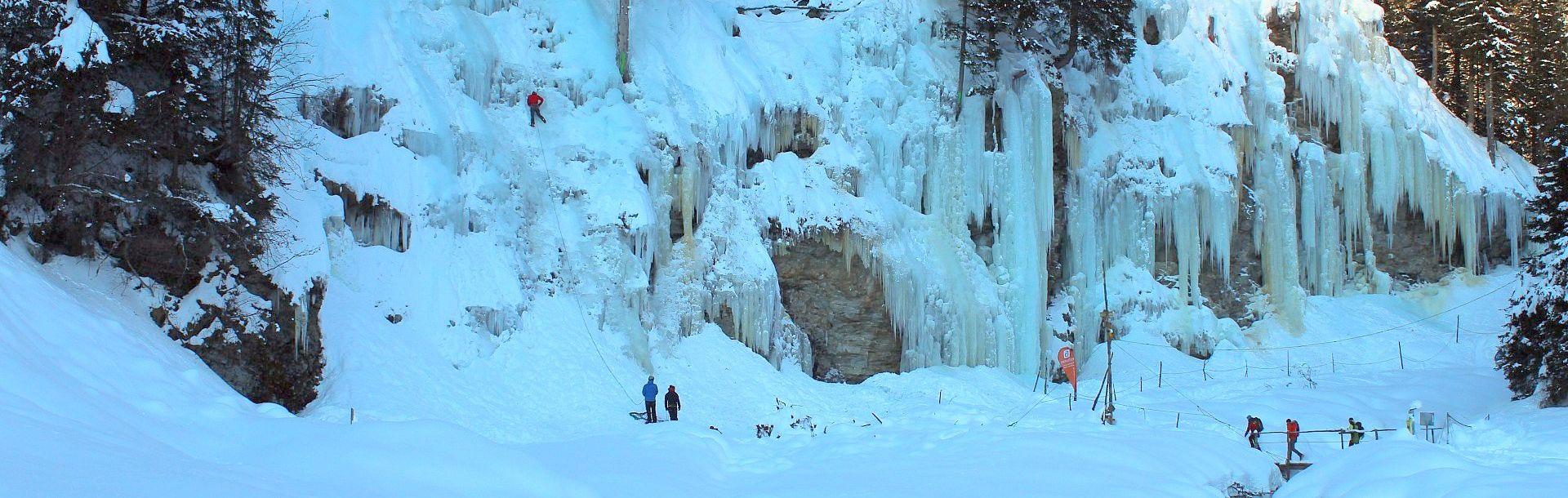 Eisklettern in Osttirol | Bild foto-webcam.eu