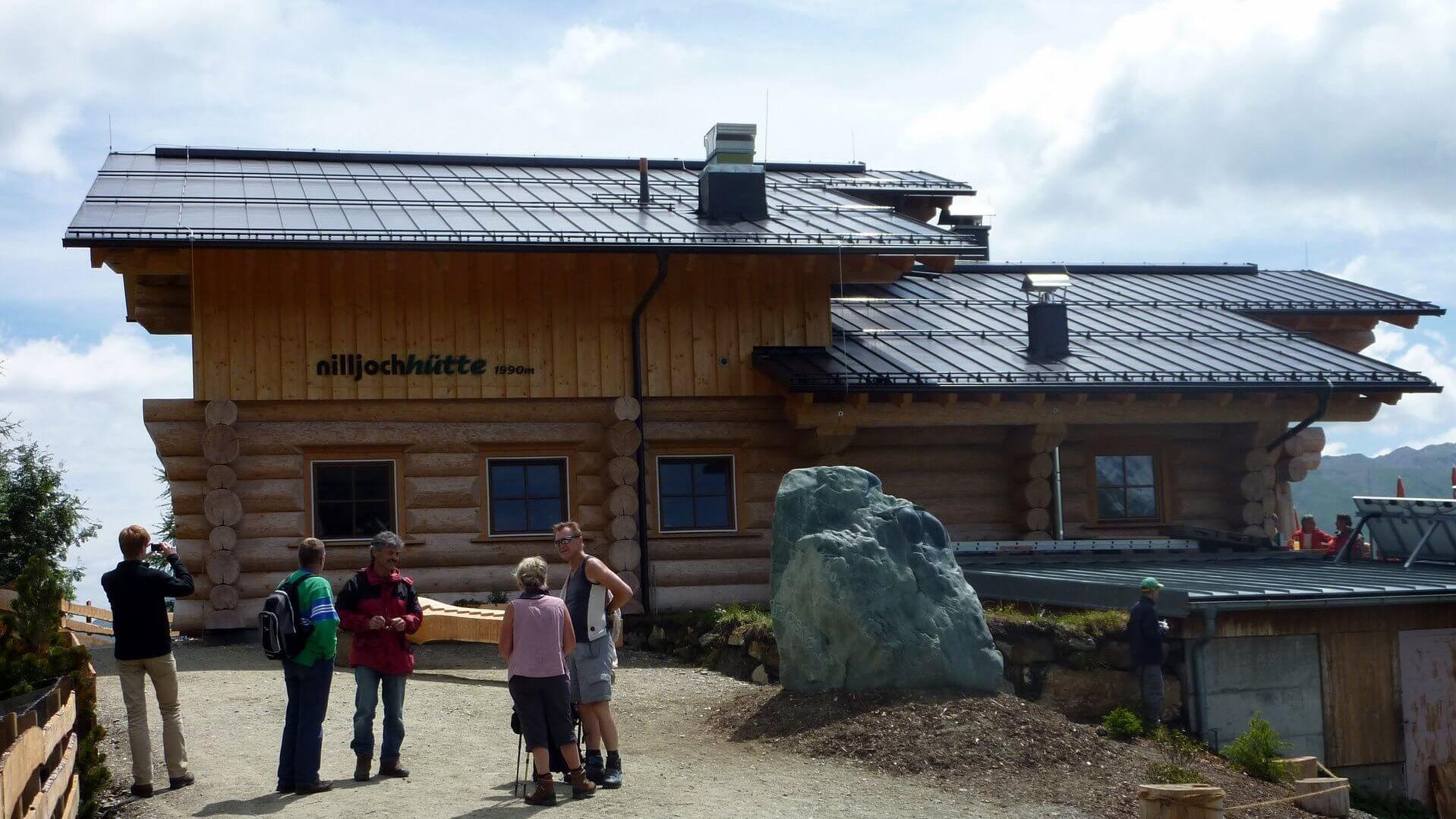 Nilljochhütte - (1.990 M) | Kinder- & Seniorfreundliche Berghütte in Osttirol