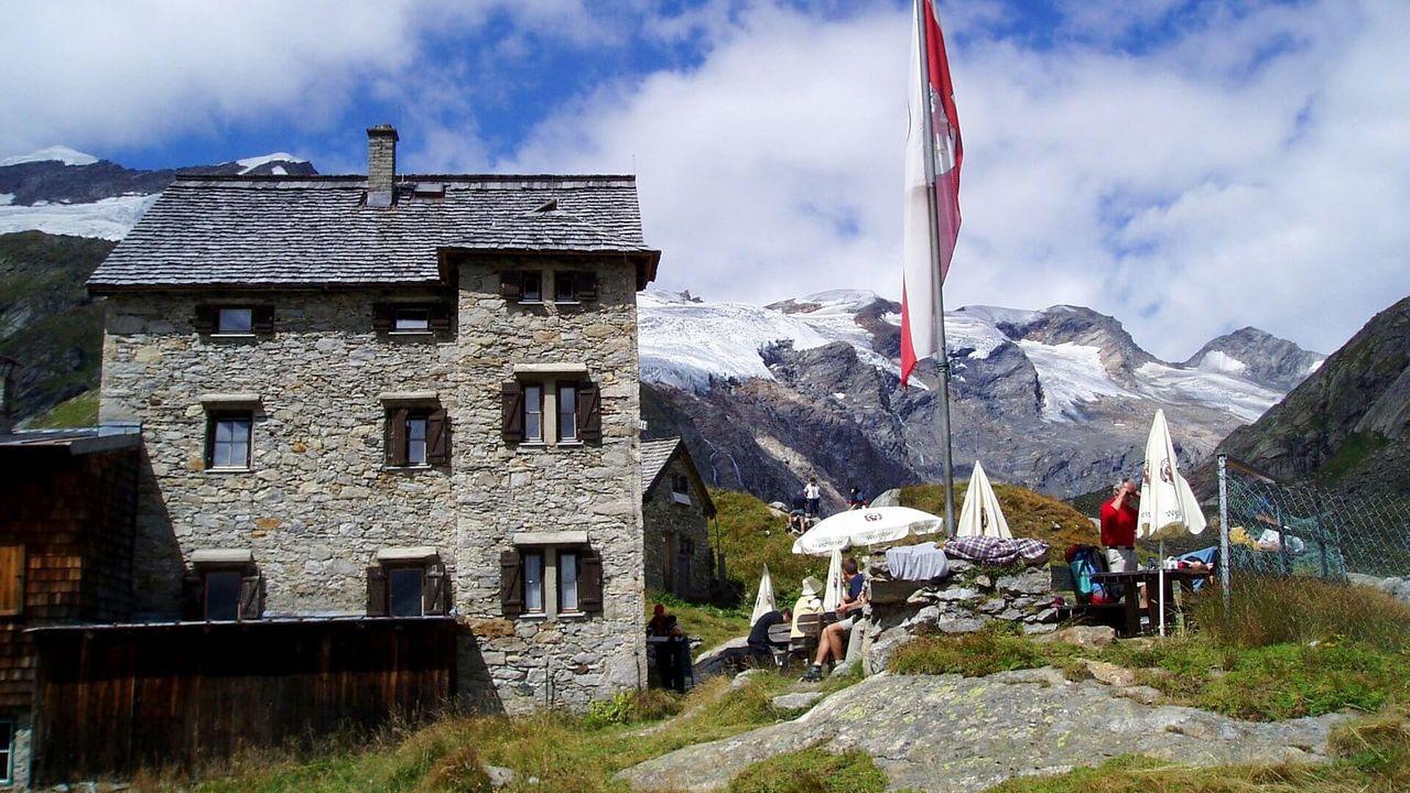 Essener- und Rostocker Hütte 2.208 m   Wandern in Osttirol / Nationalpark