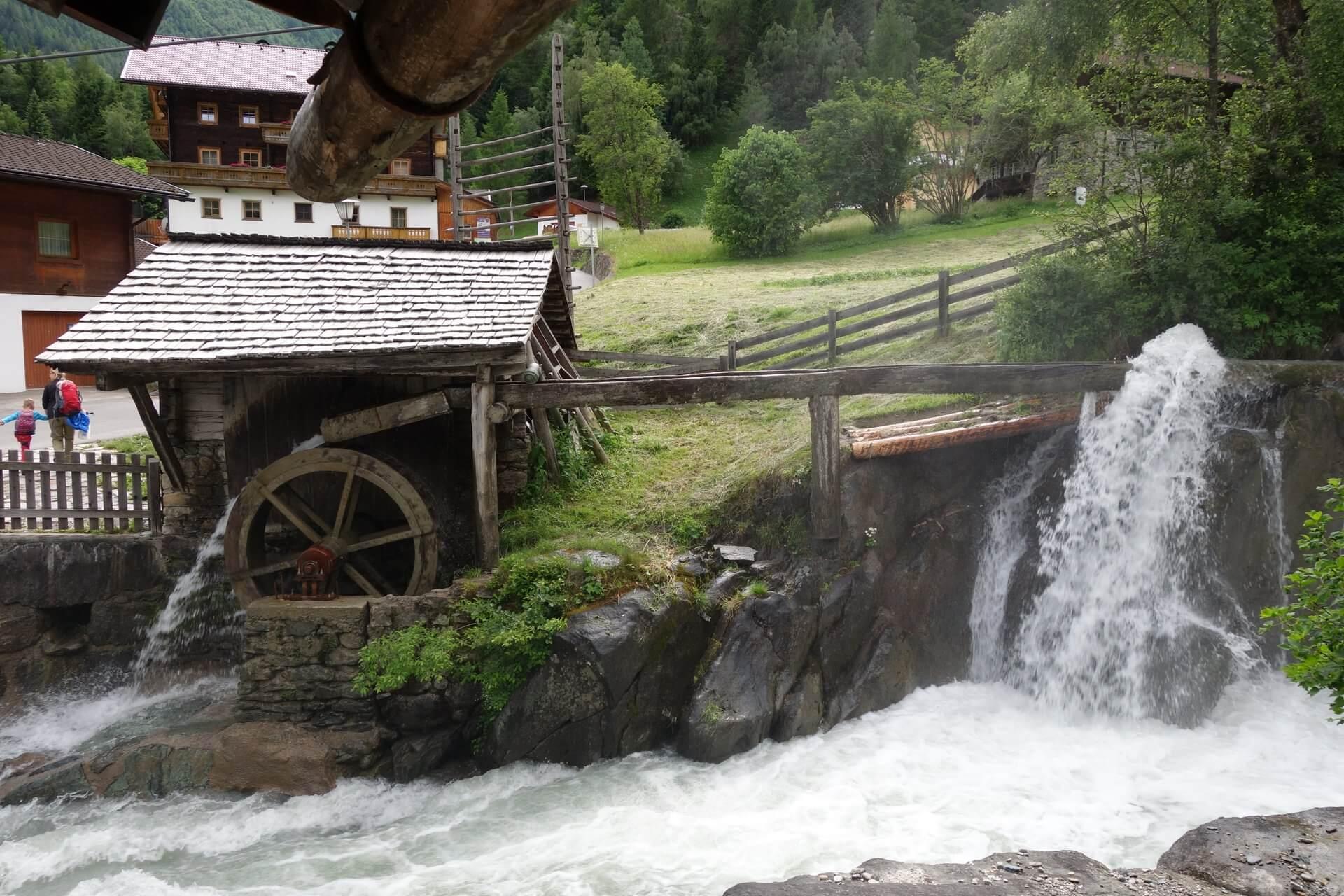 Islitzermühle - Wasserradmühle in Hinterbichl