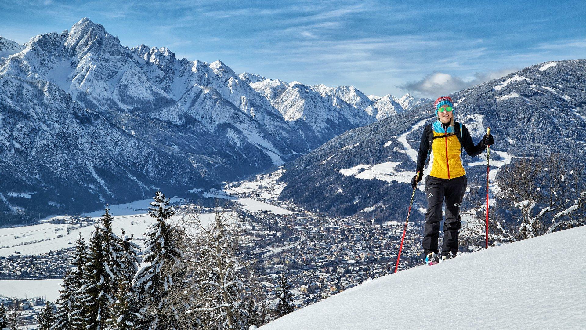 Wintersonne in den Lienzer Dolomiten - Die Stadt Lienz   © TVB Osttirol Seebacher Willi