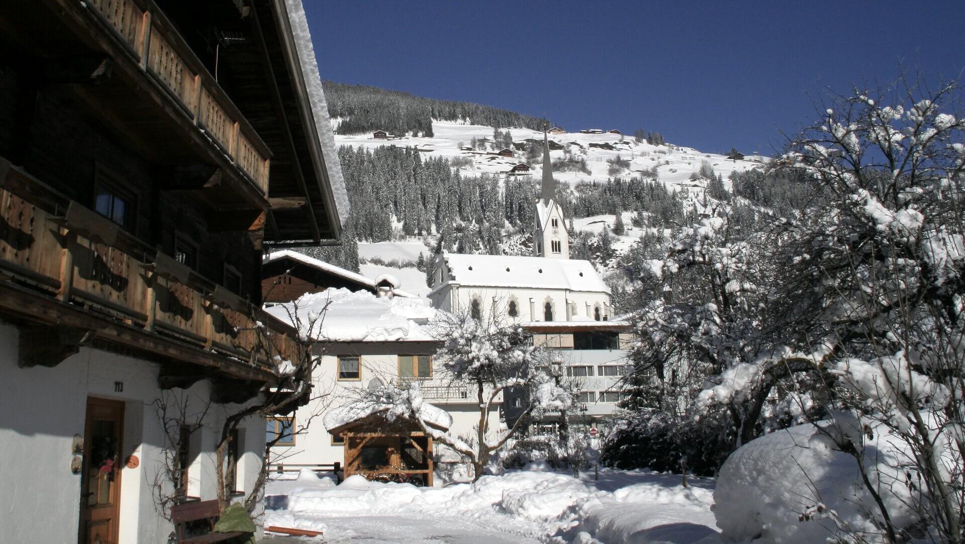 Sillian in Osttirol - Blick Richtung Dorf-Zentrum - OsttirolerLand.com   © Peter-Leiter
