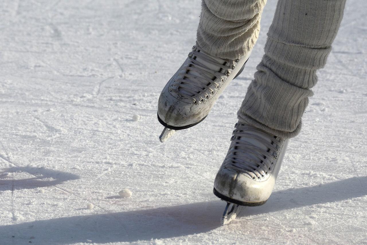 Eislaufen und Eisstockschießen in Osttirol | © Pixapay